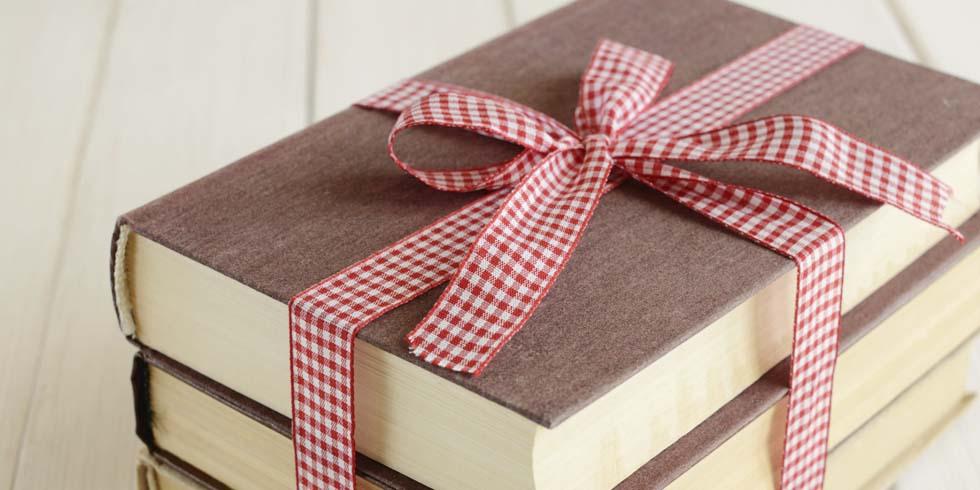 Znalezione obrazy dla zapytania książki prezent