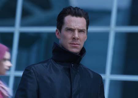 Benedict Cumberbatch - Star Trek W ciemność